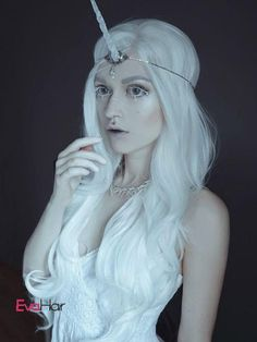 Gorgeous White Long Wavy Synthetic Lace Front Wig - All Synthetic Wigs - EvaHair Masquerade Costumes, Sexy Halloween Costumes, Fantasy Costumes, Halloween 2016, Halloween Ideas, Synthetic Lace Front Wigs, Synthetic Wigs, Ombre Short Bob, Unicorn Fashion