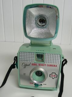 60s Girl Scout 3-Ways Flash Cameral in mint green.