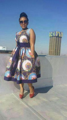Africa fashion, elegant and chic styles -bow Africa fashion, elegant and chic styles - African Ankara dress African Clothing for Woman Midi Dress Ankara Dress Styles, African Print Dresses, African Wear, African Attire, African Fashion Dresses, African Dress, African Prints, African Style, Ankara Fashion