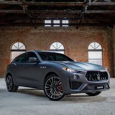 Maserati LEVANTE Luxury World Cars - Cars of the day, everyday is the car day! Maserati Car, Ferrari, Luxury Car Brands, Top Luxury Cars, Maserati Levante, Automobile, Cars And Coffee, Car Shop, Future Car