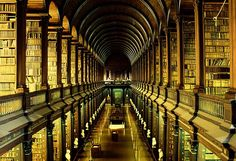 Biblioteca del Trinity College, Dublín, Irlanda
