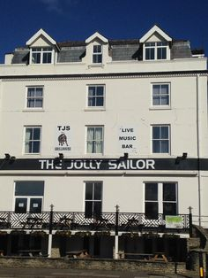 The Jolly Sailor Bar & Restaurant is a landmark on Southsea's seafront with accommodation, function room, & regular live music...