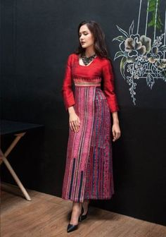 Ideas For Fashion Ideas Indian Modest Dresses, Modest Outfits, Simple Dresses, Modest Clothing, Thai Traditional Dress, Traditional Fashion, Traditional Clothes, Muslim Fashion, Modest Fashion
