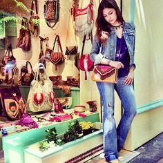 080a4de7b426c Preciosa  Úrsula Campos Muñoz con el nuevo modelo Ganesha Bag Tienda World  Family Ibiza Madrid