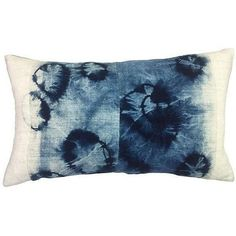 Tie Dyed Indigo Batik Pillow (765 BRL) ❤ liked on Polyvore featuring home, home decor, throw pillows, pillows, tie dye throw pillow, indigo throw pillows, vintage home decor, indigo home decor and vintage throw pillows