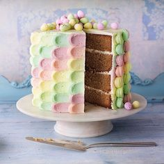 Just spotted this incredible Rainbow Cake from Good Housekeeping on Instagram - beautiful pastel petal shades!