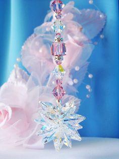 Swarovski cristal Suncatcher encanto rosa por CrystalBlueDesigns