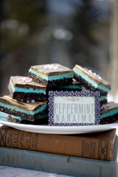Peppermint Nanaimo Bars - my favourite winter indulgence Yummy Recipes, Yummy Food, Nanaimo Bars, Cookie Table, Cookie Swap, Mint Chocolate, Holiday Desserts, Winter Food, Receptions