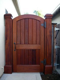 Wood Fence Ideas Door custom garden gate backyard gates fence design backyard Source: website diy fence gate ways build diy projects S. Backyard Gates, Backyard Landscaping, Concrete Backyard, Concrete Fence, Fence Doors, Fence Gates, Yard Fencing, Cedar Fence, Wire Fence