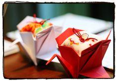 折り鶴リングピロー @ the fujiya gohonjin - Luce Photographer's Blog Wedding Crafts, Wedding Favors, Wedding Kimono, Japanese Wedding, Japanese Flowers, Blog Entry, Flower Arrangements, Origami, Wedding Inspiration