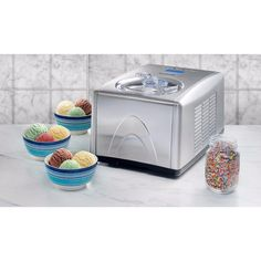 Everyone loves ice cream, but store-bought ice cream is often loaded with chemicals and preservatives. With the Knox KN-ICE01 1.5-quart Compressor Ice Cream and Gelato Maker, you can bypass the grocer