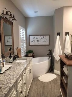 Beautiful bathroom decor tips. Modern Farmhouse, Rustic Modern, Classic, light and airy master bathroom design suggestions. Bathroom makeover suggestions and master bathroom renovation a few ideas. Home Renovation, Home Remodeling, Bathroom Remodeling, Remodeling Contractors, Cheap Home Decor, Diy Home Decor, Modern Farmhouse Decor, Rustic Farmhouse, Modern Rustic