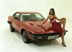 1976 Triumph TR7 publicity photograph. I'm surprised that the girl didn't want something over her head so that nobody would recognise her