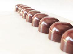 Chokolader med salt lakridskaramel