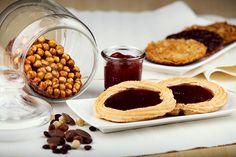 Auf unseren Pfauenaugen verwenden wir unsere  hausgemachten Aufstriche. Wild Berry | Erdbeer-Rhabarber | Banane-Orange | Riesling-Chili | und viele mehr! www.bengelmann.com