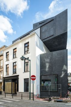 LOW Architecten guesthouse 'little willy' . brussels