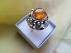 ORNO Z BURSZTYNEM Vintage Silver Rings, Jewerly, Rings For Men, Jewelry Design, Bright, Board, Diy, Beauty, Stone Rings