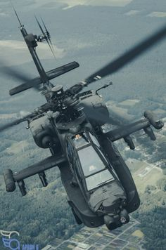 Dutch Apache looking badass behind the Skyvan | Apron 6