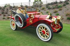 """1910 Packard """"Thirty"""" Gentleman's Runabout.....how did it know who's driving it?"""