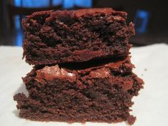 "Bethenny Frankel's ""Amazingly Moist Low-Fat Brownies"""