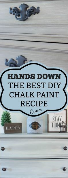 Best DIY Chalk Paint Recipe Best DIY homemade chalk paint recipe using calcium carbonate. This is by far better than the plaster of paris and sanded grout recipes I've tried. It is the closet to Annie Sloan that I have gotten! Best Chalk Paint, Diy Chalk Paint Recipe, Homemade Chalk Paint, Black Chalk Paint, Chalk Paint Projects, Diy Projects, Chalk Paint Brands, White Chalk, Best Chalkboard Paint