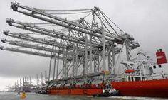 Grootste kadekranen ter wereld komen aan in Rotterdam - AD.nl
