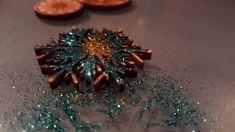 #Weihnachten #christmas #glitter Laser Art, Christmas Glitter, Meat, Food, Christmas, Essen, Meals, Yemek, Eten