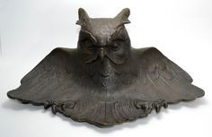 Fantastic 1920s bronze inkwell in the shape of a forbidding owl.