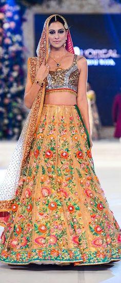 Nomi Ansari Latest Traditional Wedding Dresses In Multi Colors 2016-17 #BridalDresses #DesignerDresses…