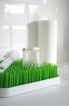 rubber 'lawn' dish drain...awesome!  I use this every single day, as does my mom. It is awesome for bottles and a must for all Moms.