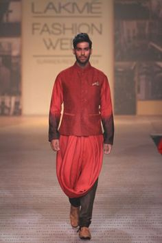 Shantanu & Nikhil. LFW S/S 14'. Indian Couture.