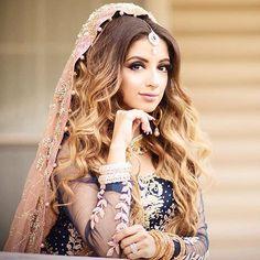 Sehrish Chaidry looking stunning in #SairaShakira bridal dress.  #SairaShakira
