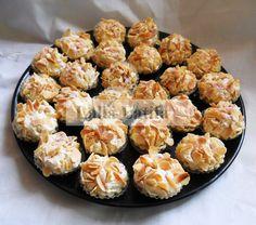 Tartelettes meringuées aux amandes et cerises - Les secrets de cuisine par Lalla Latifa