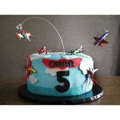 i like the plane flying above the cake- maybe train around outside border, car on top and plane above Disney Planes Cake, Disney Planes Birthday, Birthday Boys, Birthday Ideas, Birthday Parties, Planes Party, Minnie Cake, Cake Decorating Supplies, Novelty Cakes