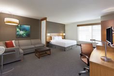 Fresh rooms in the heart of Austin at Hyatt Place Austin Downtown hotel.