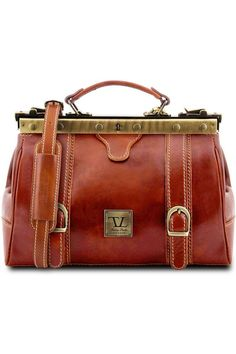 (This is an affiliate pin) Tuscany Leather - Monalisa - Doctor gladstone leather bag with front straps Honey - TL10034/3 Gladstone, Shoulder Handbags, Tuscany, Leather Bag, Messenger Bag, Satchel, Honey, Tuscany Italy, Crossbody Bag