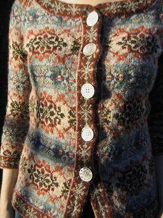 Ravelry: lorijo's fair isle cardigan - fair isle knittings Fair Isle Knitting Patterns, Fair Isle Pattern, Knitting Designs, Knit Patterns, Knitting Tutorials, Stitch Patterns, Tejido Fair Isle, Pull Jacquard, Fair Isles
