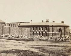 Old Melbourne Gaol in 1859.    🌹