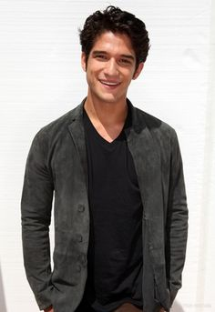 Actor Tyler Posey attends the FOX 2012 Teen Choice Awards at Gibson Amphitheatre on July 2012 in Los Angeles, California. Tyler Posey Teen Wolf, Teen Wolf Scott, Teen Wolf Boys, Pretty Boys, Cute Boys, Tyler Garcia Posey, Dylan Obrian, Dylan Sprayberry, Scott Mccall
