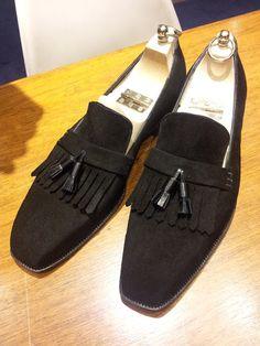 Black suede fringe tassel loafer by Carreducker  http://www.theshoesnobblog.com/