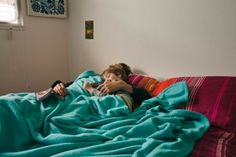 5 practical tips for bed-sharing and co-sleeping families | Offbeat Families