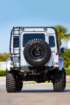 Project Viking Custom Land Rover Defender Is Ready For Adventure Land Rover Defender 110, Defender 90, Landrover Defender, Offroad, Rv Truck, Gmc Trucks, Car Backgrounds, Army Vehicles, Camper