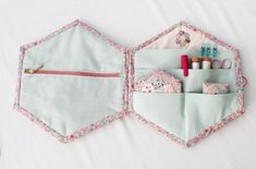 Sewing Case, Sewing Box, Sewing Notions, Sewing Kits, Hexagon Patchwork, Hexagon Quilt, Patchwork Cushion, Small Sewing Projects, Sewing Crafts