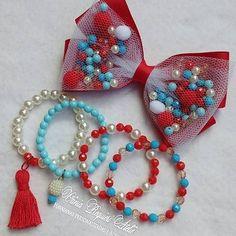 Kit lindo no vermelho, azul e pérola...❤ Elas amam tendência!!!❤ #kitlaçoepulseiras #laços #pulseirasinfantis #meninasestilosas #tendência #mundodemenina #maedeprincesa #vemverão #feitocomamor ❤