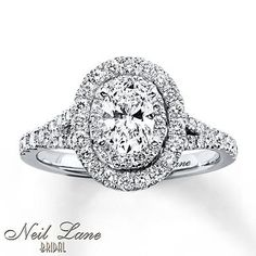 Engagement Rings Let your love stand out with this captivating oval diamond engagement ring from Neil Lane Bridal. Wedding Rings Simple, Beautiful Wedding Rings, Beautiful Engagement Rings, Wedding Rings Vintage, Vintage Engagement Rings, Diamond Engagement Rings, Oval Engagement, Dream Wedding, Engagement Jewellery