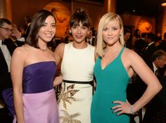 Aubrey Plaza and Rashida Jones met up with Reese Witherspoon at the Golden Globes.
