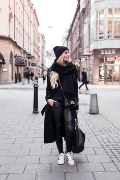 Black outfit // kira kosonen