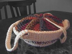 Casserole Carrier- PDF Crochet Pattern.  Perfect for Thanksgiving, Christmas and Tailgating.  Make one for you next holiday gathering..