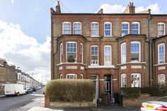 5 bed flat recently sold (sstc) in Clapham North: Sandmere Road, SW4: £1,100,000