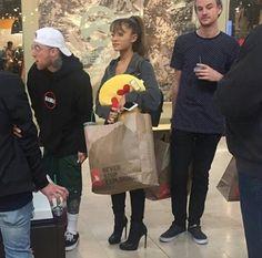 -NEW PHOTO- Ariana Grande and Mac Miller.